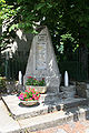 Fayet (12) monument morts.jpg
