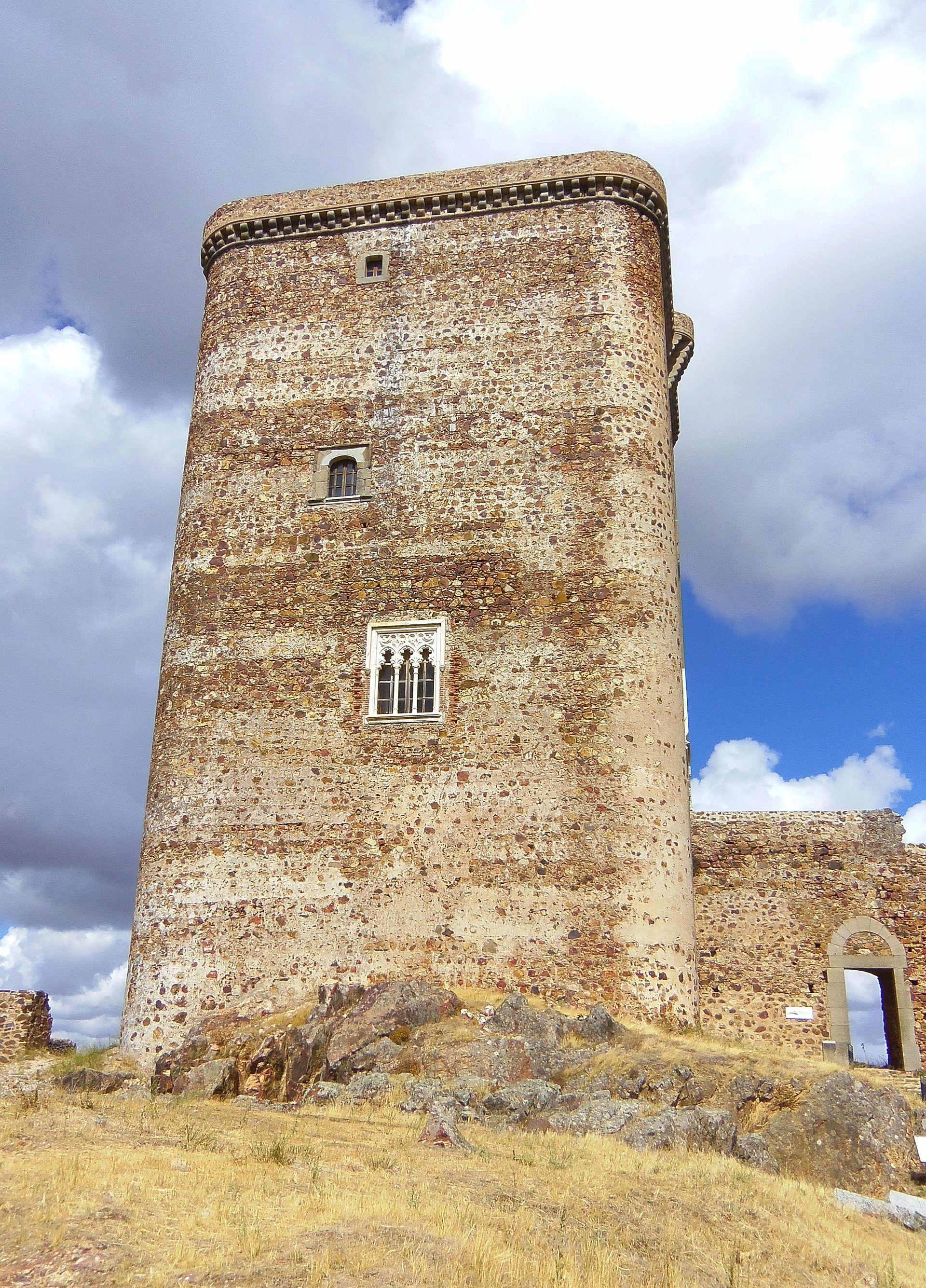 Castillo de Feria - Wikipedia, la enciclopedia libre