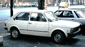 "Fiat 147 - The first facelift version of the 147 (Italy, carrying ""127"" labels)"