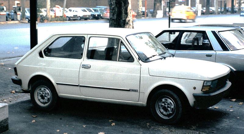 Ficheiro:Fiat 147 in Italia.JPG