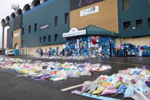 Marc-Vivien Foé - Tributes left at the front gates of Maine Road.