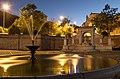 Fontana Cavallina in notturna.jpg