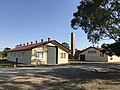 Fort Lytton museum and canteen building.jpg