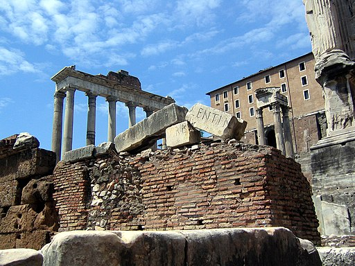 Forum rostra and temple of saturn