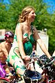 Fremont Solstice Cyclists 2013 05.jpg