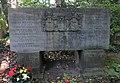 Günter Riesen -grave.jpg
