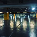 Garage (24315354886).jpg