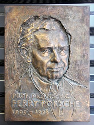 Ferdinand Anton Ernst Porsche - Image: Gedenktafel Albert Einstein Ring 49 (Kleinmachnow) Ferry Porsche