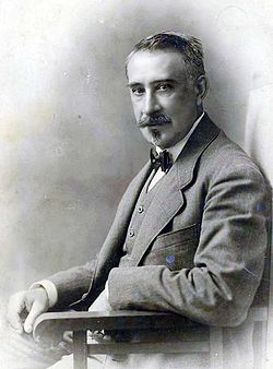 Georgian realist painter Gigo Gabashvili, c. early 1900s.jpg