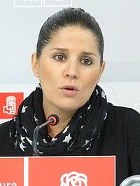 Gil Rosiña en rueda de prensa 2013 (8691429375) (cropped).jpg