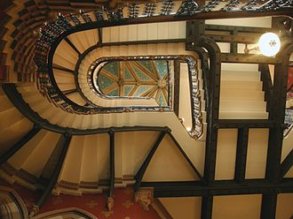 St. Pancras Renaissance London Hotel - Image: Gilbert Scott's staircase inside the St. Pancras Hotel