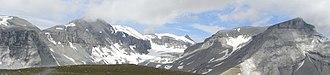 Fil de Cassons - Image: Glarus Thrust Fault at Piz Segnes