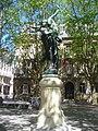 fontaine colonne jardin