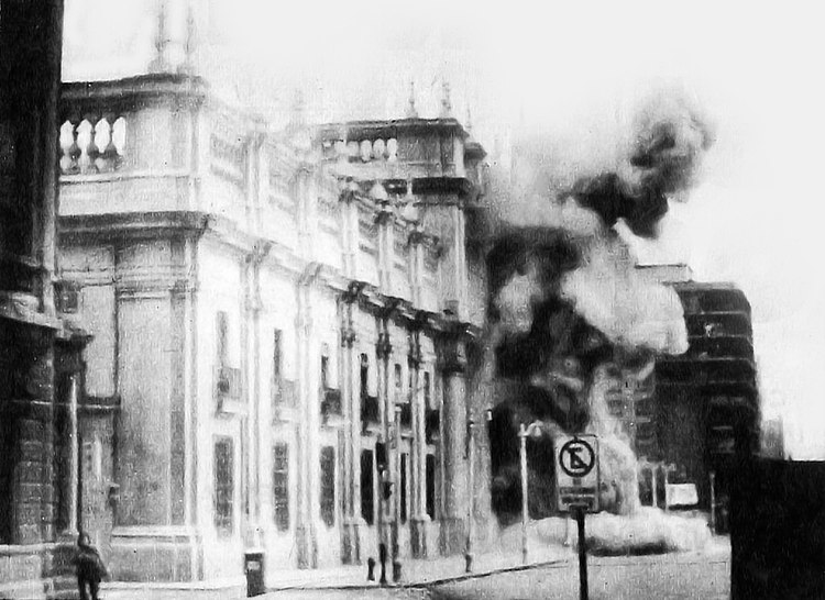 Coup of September 11, 1973. Bombing of La Moneda (presidential palace)
