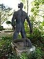 Grabplastik 1943, für Arthur Habich (1874–1944), Waldfriedhof Rheinfelden, Aargau. Von August Suter (1887–1965) (2).jpg