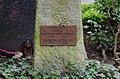 Grabstein der Familie Hegel, Bergfriedhof Kessenich, Detailansicht.jpg
