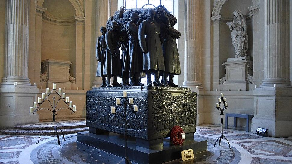 Graf van Ferdinand Foch - Dôme des Invalides - Parijs 23-8-2017 13-17-14