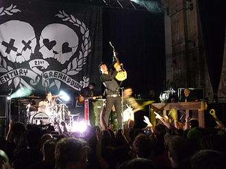 Green Day - Green Day performing during a secret show at the Kesselhaus in Berlin on May 7, 2009.