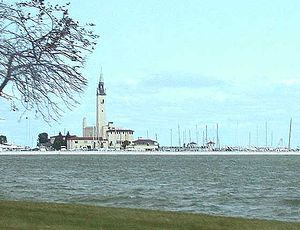 Grosse Pointe Shores, Michigan - Grosse Pointe Yacht Club