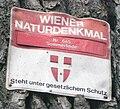 GuentherZ Naturdenkmal 645 2010-03-08 5681 Wien08 Schoenbornpark Sommerlinde Tafel.jpg