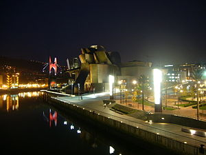 Guggenheim Museum Bilbao - The museum by night, November 2007