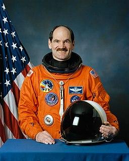 Guy Gardner (astronaut) American astronaut