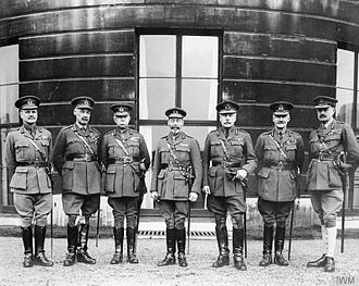 Henry Rawlinson, 1st Baron Rawlinson - Henry Rawlinson, second from the left, with King George V and senior officers in 1918
