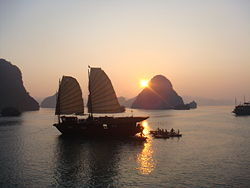 Ha Long Bay, sunset.jpg