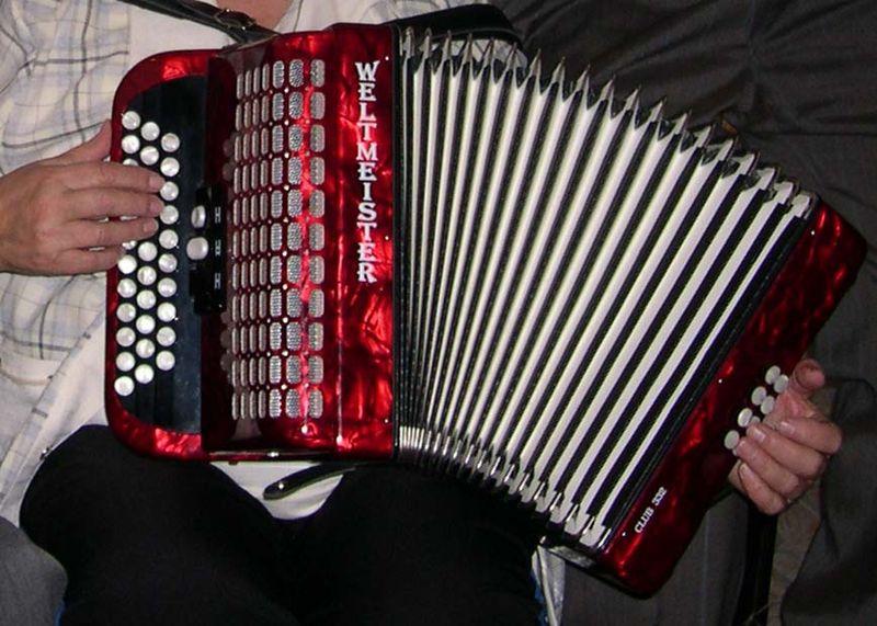 Un autre genre de rock, 800px-Handharmonika