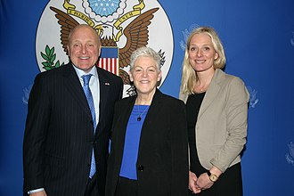 Catherine McKenna - McKenna with Bruce Heyman and Gina McCarthy in 2016.