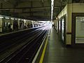 High Street Kensington stn through platforms look anticlockwise.JPG