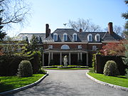 Hillwood Museum Exterior Front.jpg