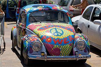 Hippie - A hippie-painted Volkswagen Beetle