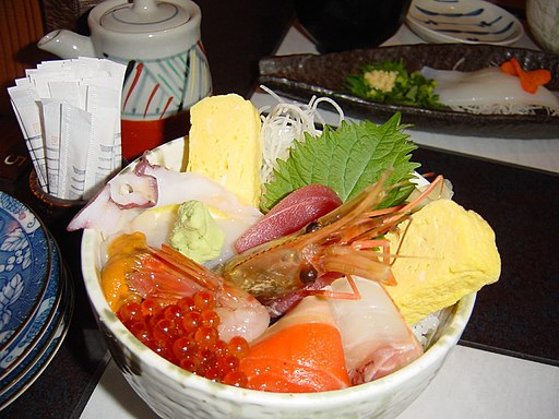 Hokkaido chirashi by The Wong Family Pictures
