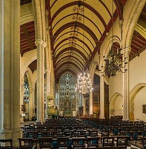 Holy Trinity Church, South Kensington - Image: Holy Trinity Church Interior 1, South Kensington, London, UK Diliff