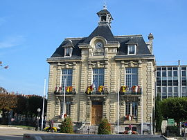 The town hall of Brunoy