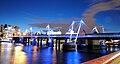 Hungerford Bridge at night.jpg