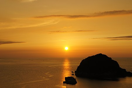 """Imagoura of Kasumi Coast. The place of """"Beautiful evening sun veiw point best 100 of Japan"""" there."""