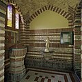 Interieur,overzicht van de doopkapel met doopvont - Wehe-den Hoorn - 20386698 - RCE.jpg