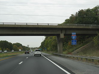 Interstate 81 - Southbound on I-81 approaching US 11