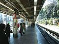 JREast-Harajuku-station-platform.jpg