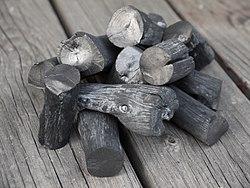 Binch?tan, il carbone bianco originario del Giappone.