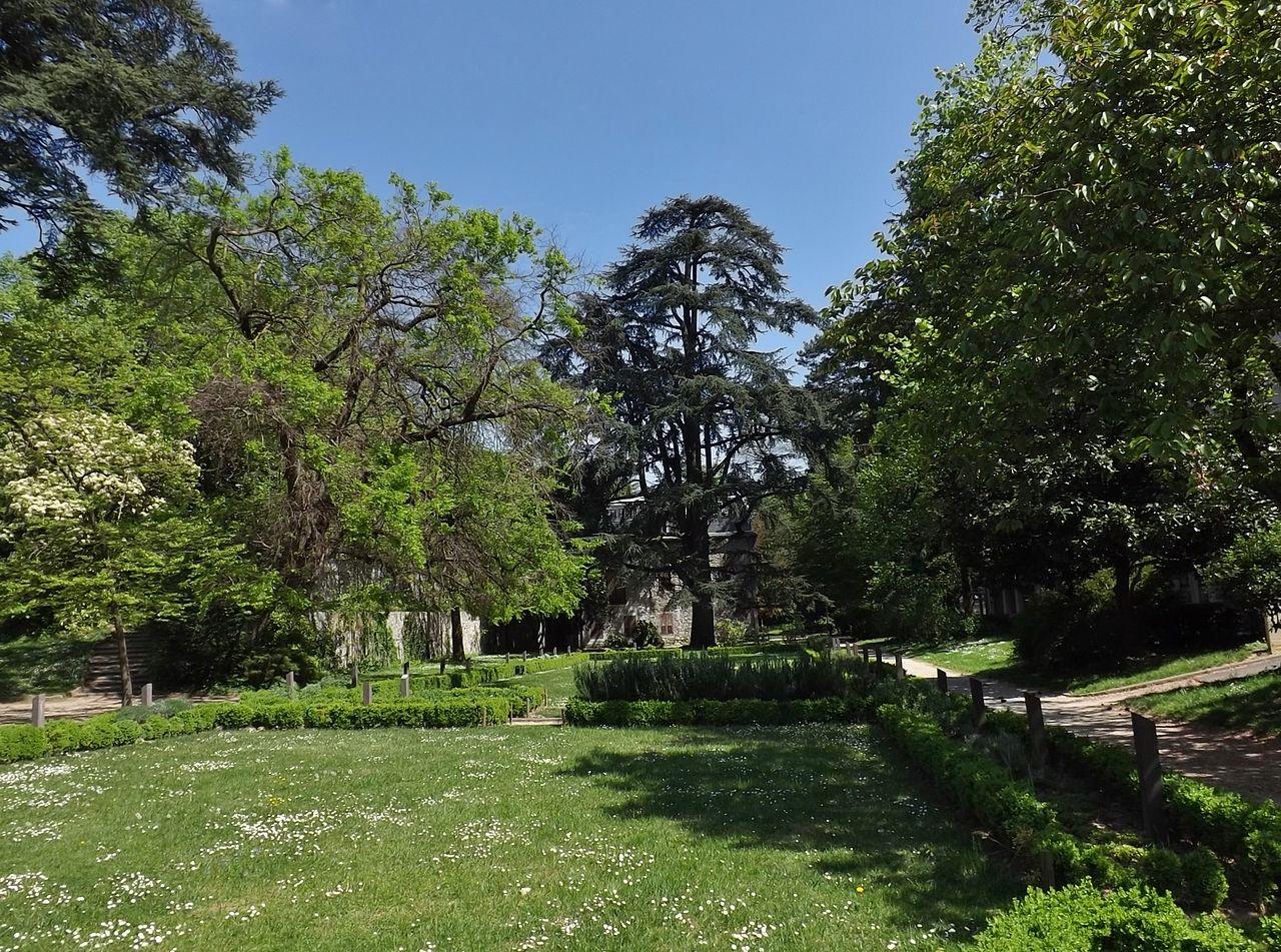 Fichier jardin des senteurs chamb ry 2014 jpg wikip dia for Jardin des plantes chambery