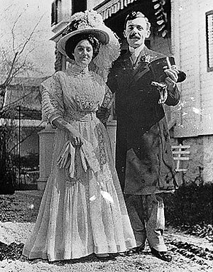 Jeanne St. Laurent - with her husband on their wedding in 1908
