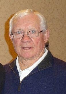 John McKenzie (ice hockey) - Wikipedia