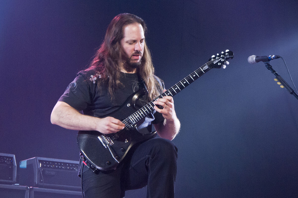 Resultado de imagem para John Petrucci