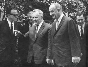 New Jersey in the 20th century - Lyndon Johnson meets Alexei Kosygin in Glassboro