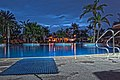 Jumeirah beach hotel pool - panoramio.jpg