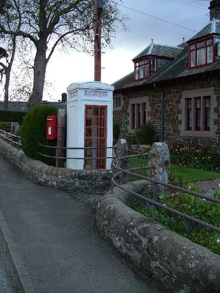 Fail:K3 Telephone Kiosk, Scotland.jpg