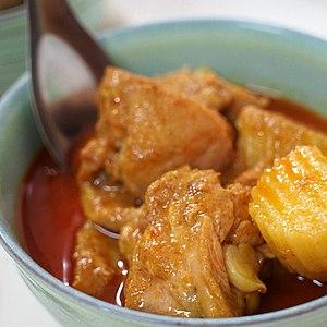 Massaman curry - Image: Kaeng matsaman kai